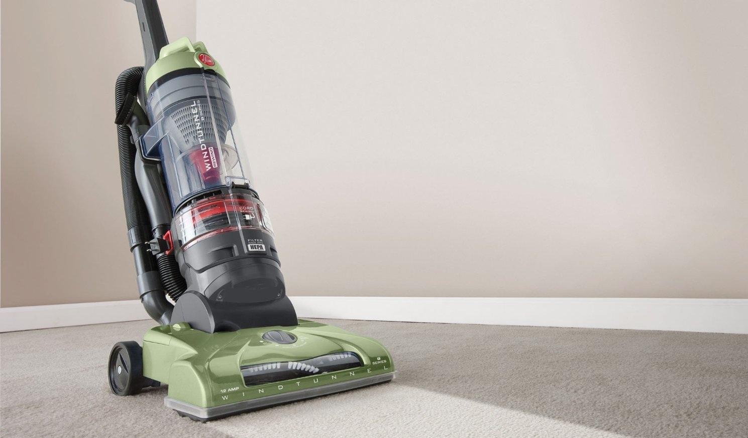 abc73581b0d Hoover WindTunnel T-Series Rewind Plus Bagless Upright Vacuum