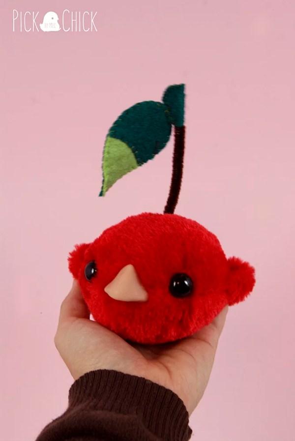 Peluche hecho a mano Cherry bird kawaii