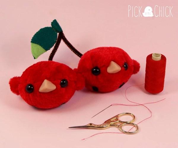 Peluche hecho a mano Cherry bird kawaii doble cereza