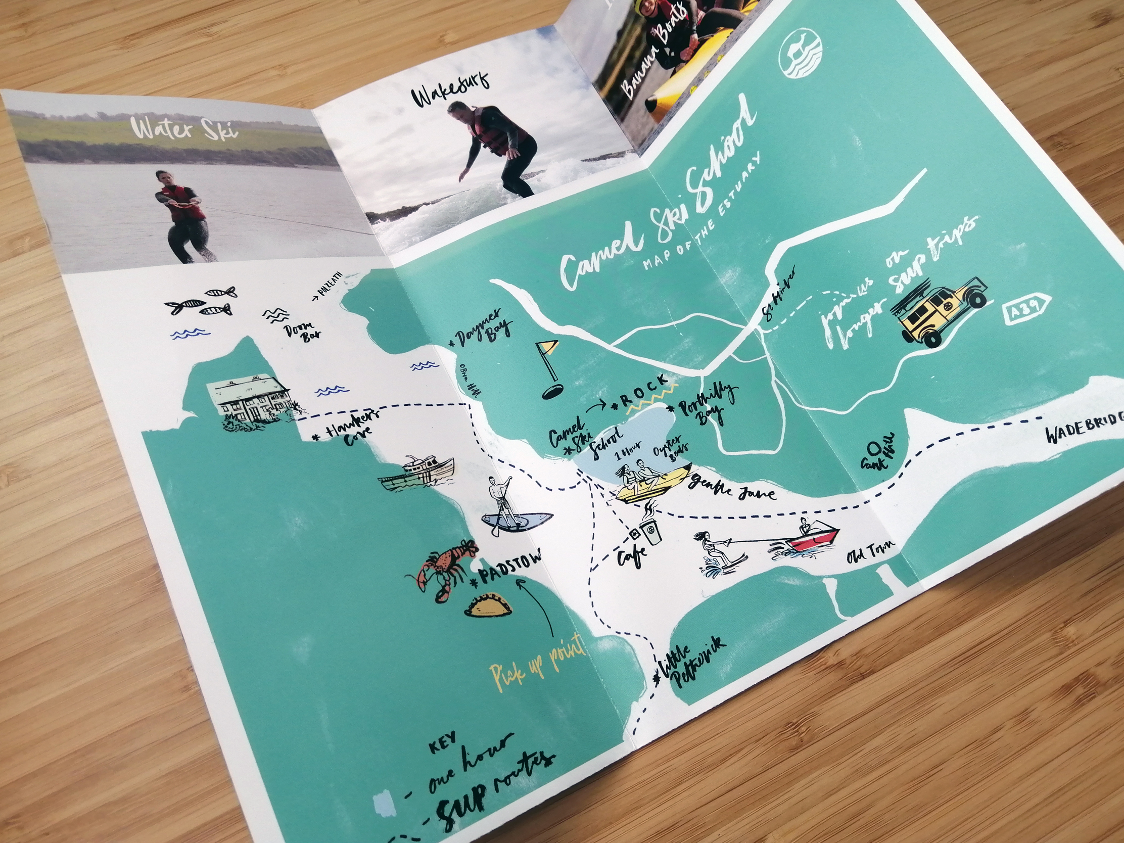 Fold out leaflet for Camel Ski School