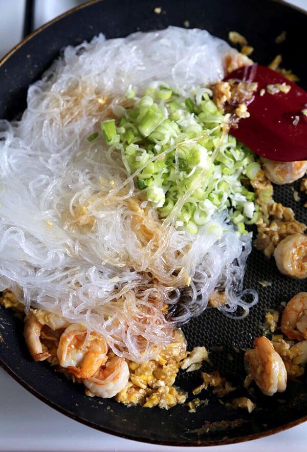 Stir Fried Glass Noodles with Shrimp  Pickled Plum Food
