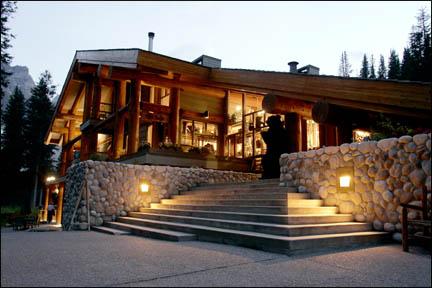 HS Pickle Ridge Furniture for Moraine Lake Lodge