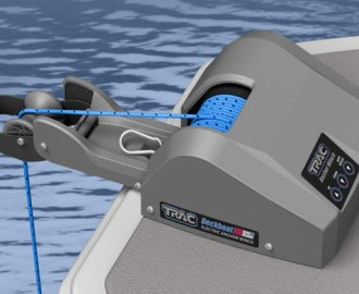 TRAC Deckboat mounted