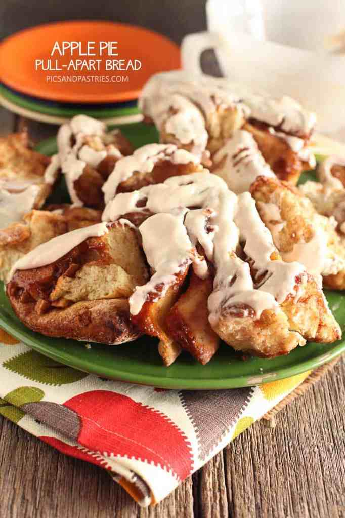 Apple Pie Pull Apart Bread