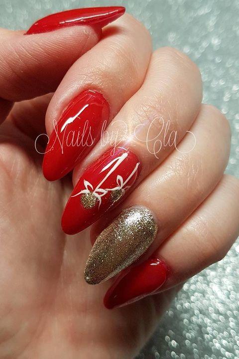 Crazy Christmas Nail Art