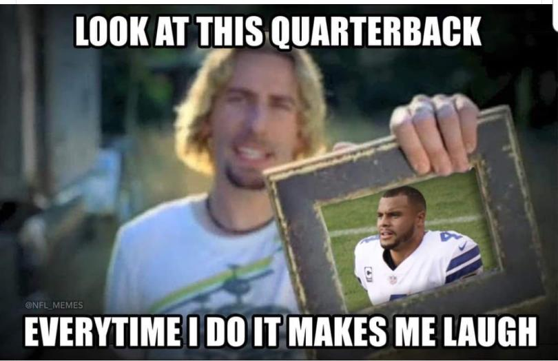 look at this quarterback everytime i do it makes me laugh