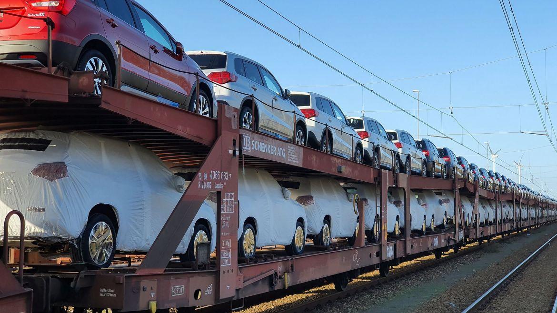 Foto Autolieferung per Güterzug der Bahn