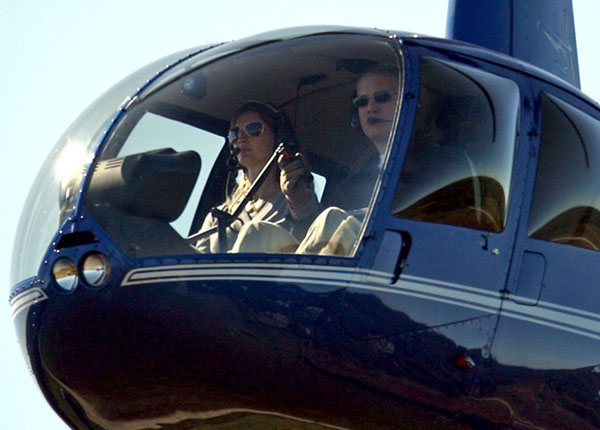 Gisele Bundchen takes helicopter lessons