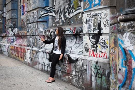 selfie bowery street photography