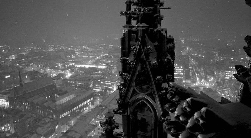 Kölner Dom bei schnee