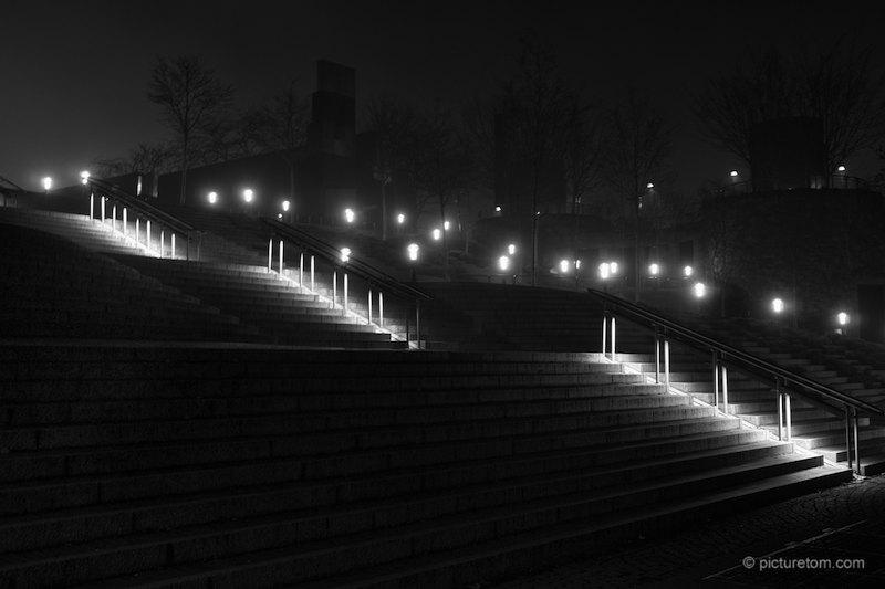 Treppe zum Dom