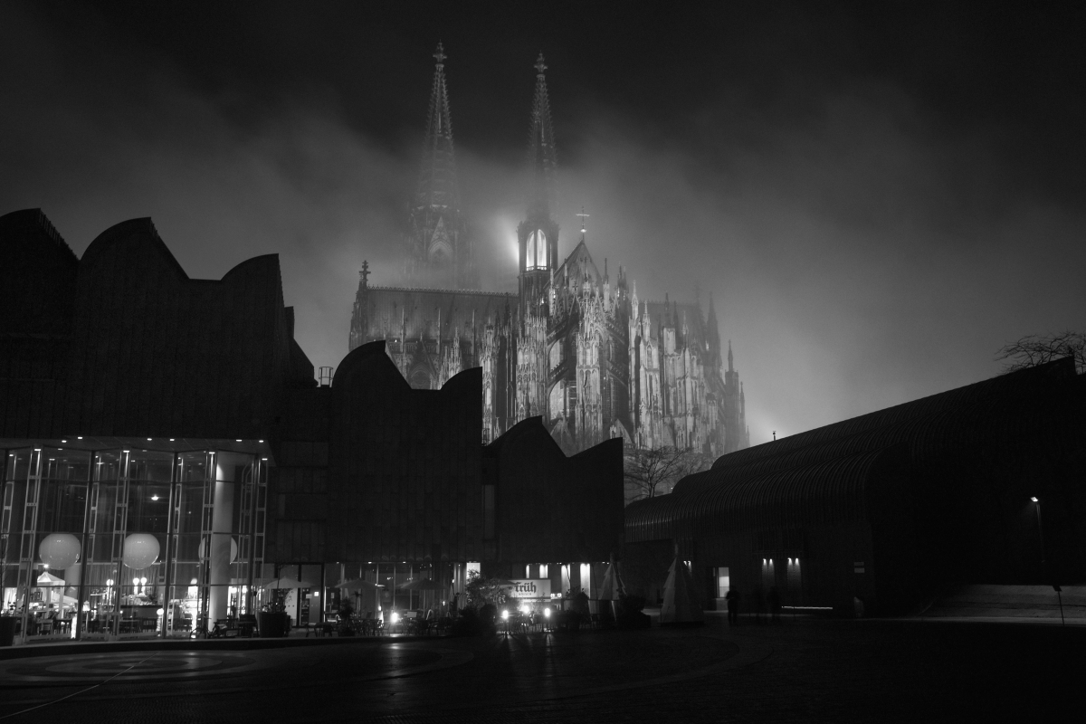 Kölner Dom by picturetom