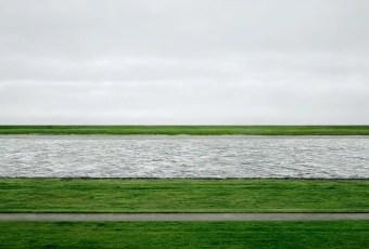 Andreas Gursky, Rhein ii