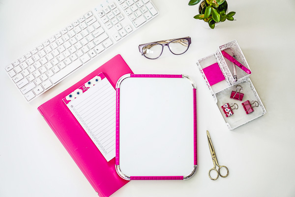 picXclicX  Free Stock Photos for Blogs  Hot Pink Office