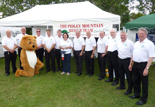 PMRT supported by the Pidley Male Voice Choir.