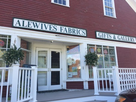Mainely Quilt Shops - Alewives Fabrics - piecefulthoughts.com