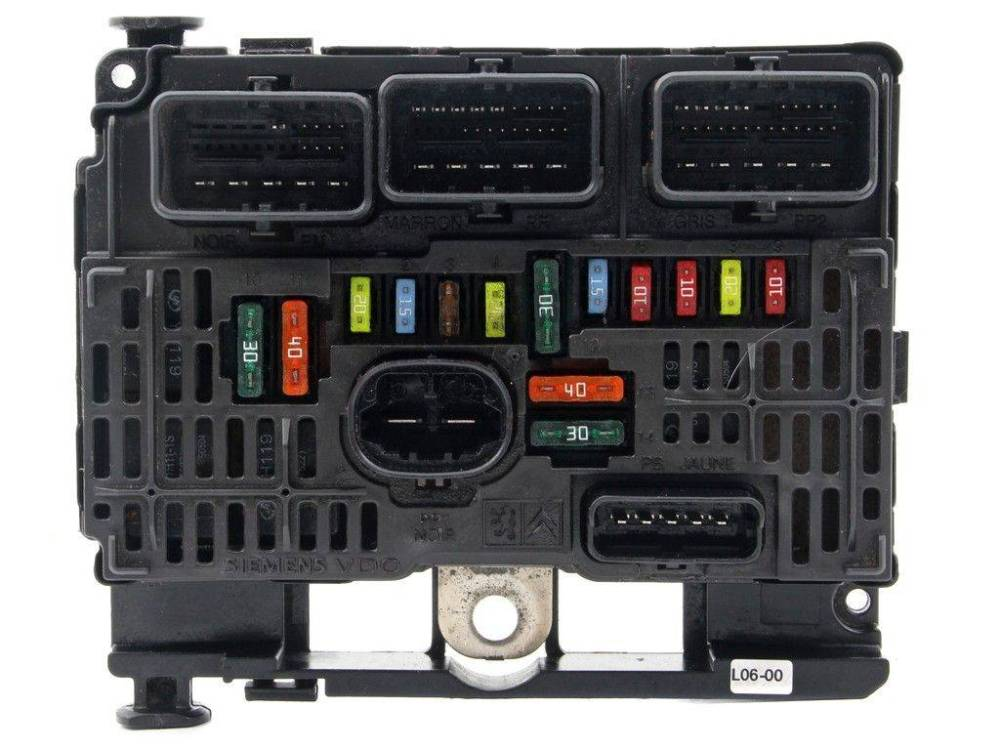 medium resolution of fuse box module bsm citroen c5 1 6 2 0 2 2 hdi sale auto spare part on