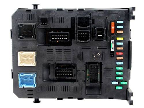 small resolution of fuse box module bsi peugeot 307 01 08 sale auto spare part on pieces