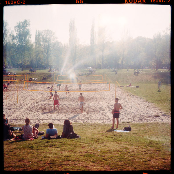 volkspark, sommer, park - Pieces of Berlin - Book and Blog