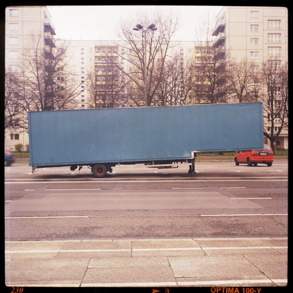 karl marx allee, forgotten moments - Pieces of Berlin - Collection - Blog