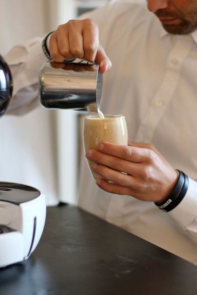 Nescafé Dolce Gusto Drop und Stelia