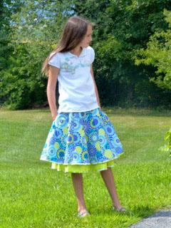DYYNI skirt pattern, sz 2y-16y, designed by Pienkel. Sewn by Kerrie. www.pienkel.com