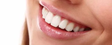 strisce per sbiancare i denti