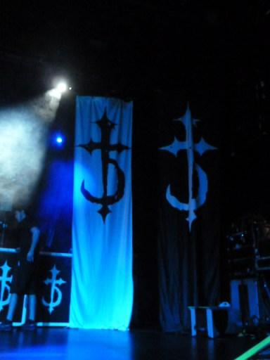 stage-devildriver_092713_04
