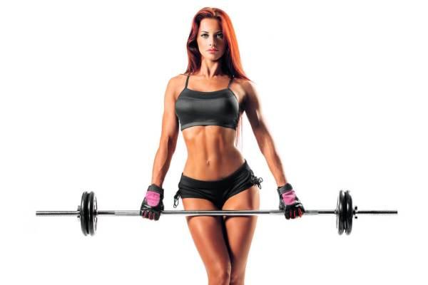 mujer-con-pesa