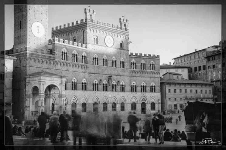 The Ephemeral and The Eternal – Piazza del Campo Siena