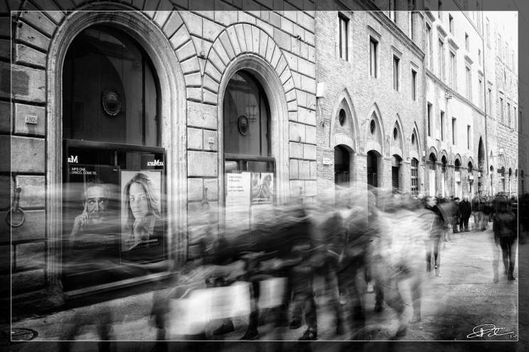 L'Effimero e L'Eterno – Via Banchi di Sopra Siena