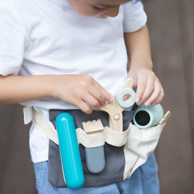 3492-plan-toys-pretend-role-play-hair-dresser-set-hover