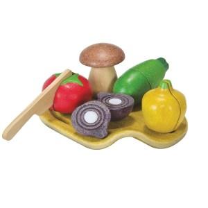 3601-plan-toys-pretend-wooden-vegetable-set