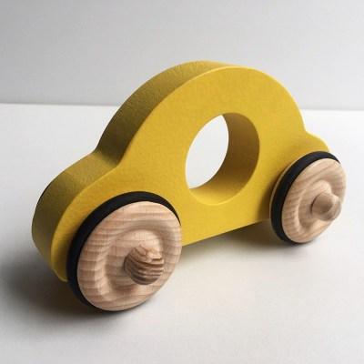 petite-voiture-anatole-en-boisJ