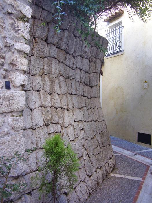 Murs de soutnement  parement courbe  Aspremont Alpes