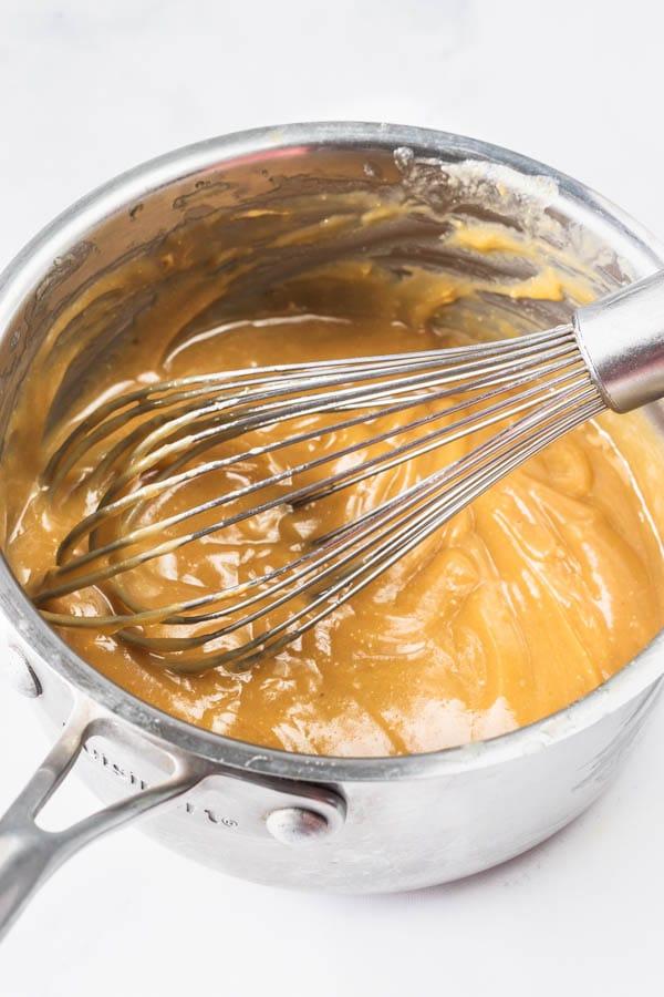 Vegan brownies with caramel sauce