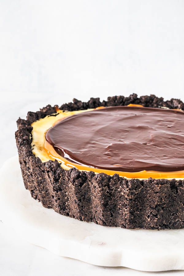 Chocolate and Dulce de Leche Cheesecake Pie