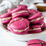 balsamic caramel strawberry macarons