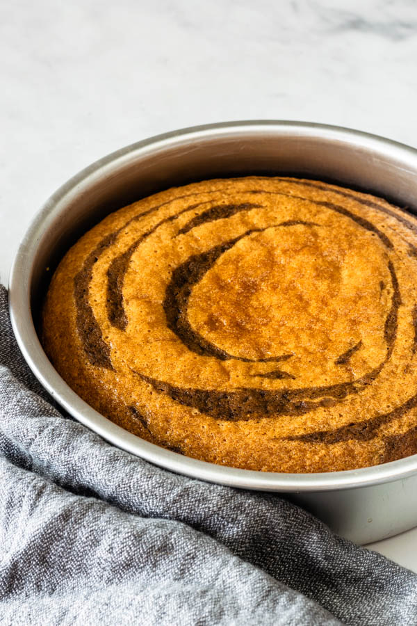 baked biscoff marble cake