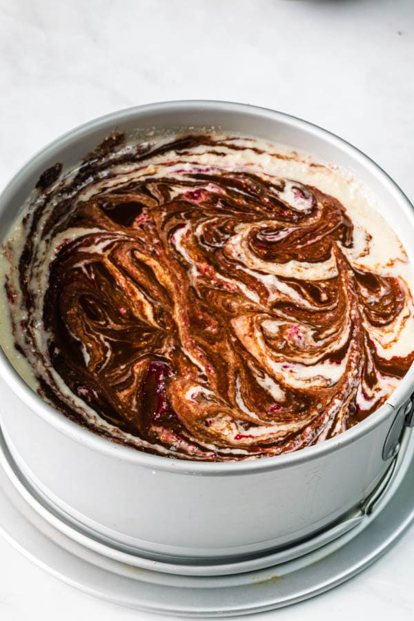 vegan raspberry and fudge cheesecake