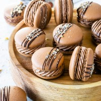 Nutella Macarons (with video)