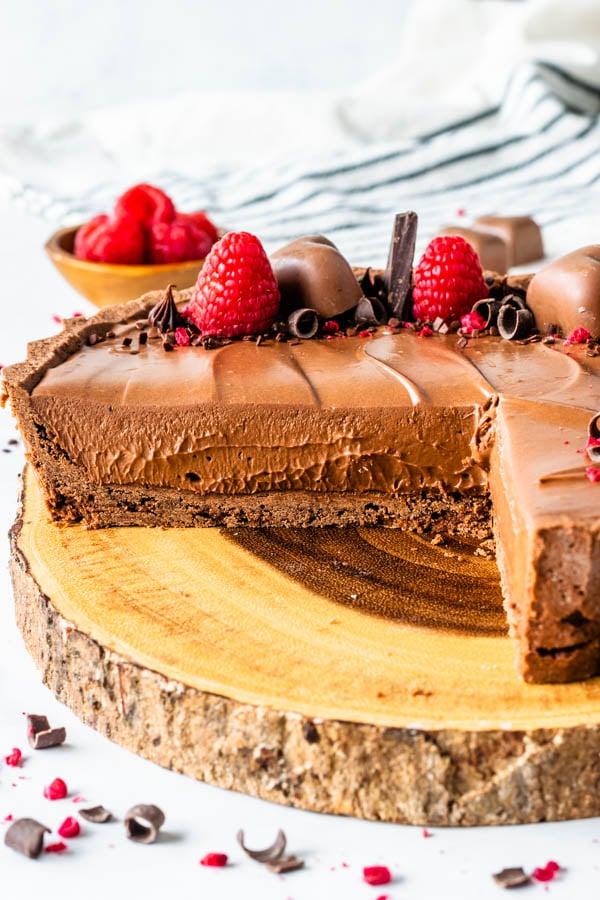 No-Bake Chocolate Cheesecake Pie