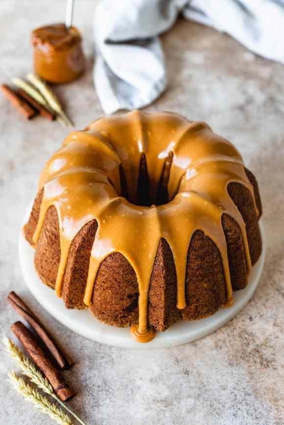 Dulce de Leche Apple Cake
