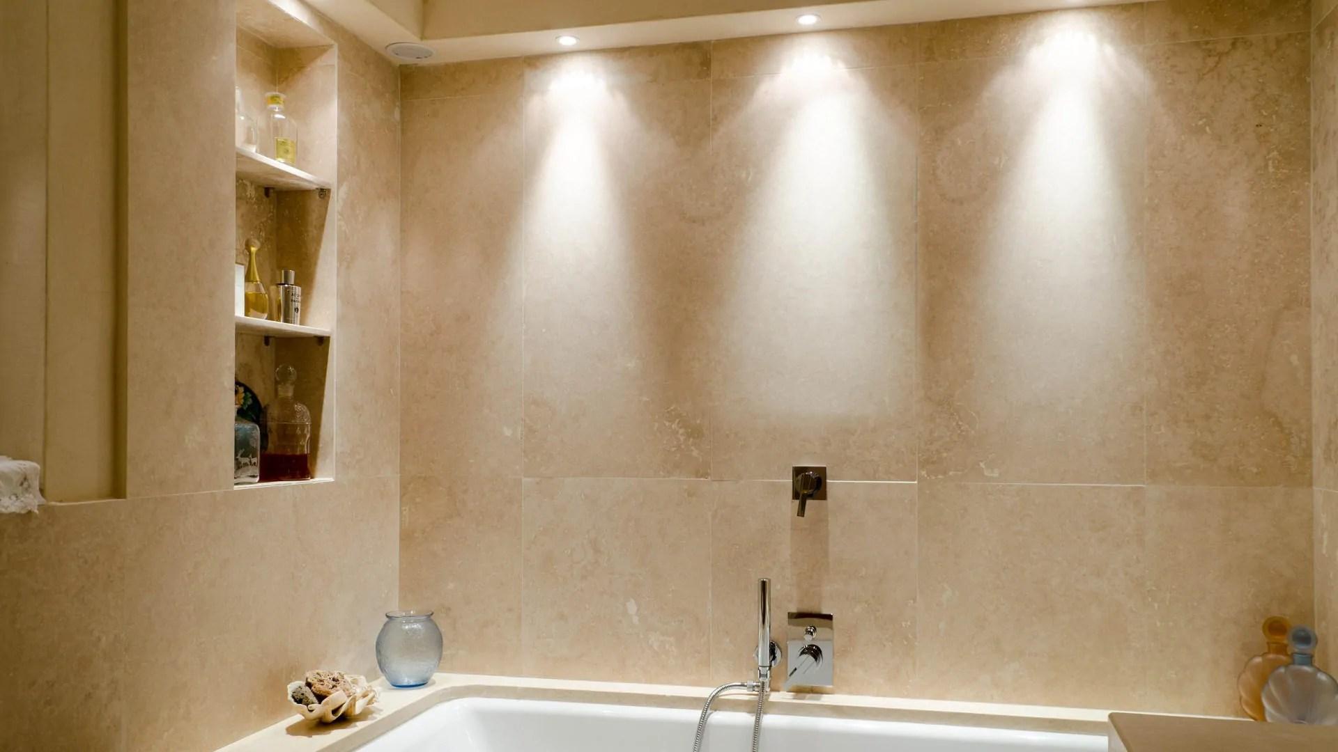 Rivestimenti in travertino per bagno  Pietre di Rapolano