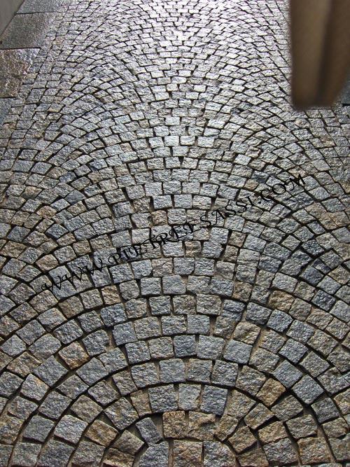 PIETREESASSI pavimenti in pietra rivestimenti e mosaici