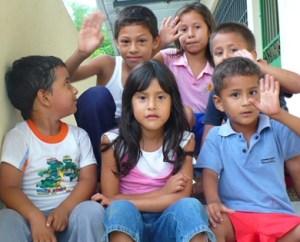 Foto 1 – Bambini del Centro AEDI – El Paraíso