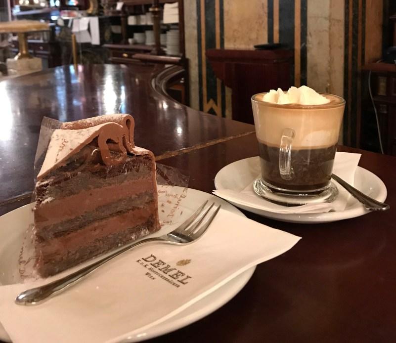 caffè storici di vienna demel torta