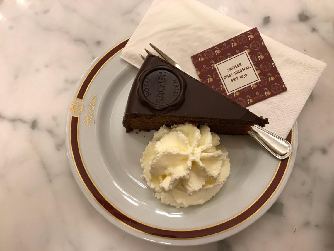 caffè storici sacher torta vienna