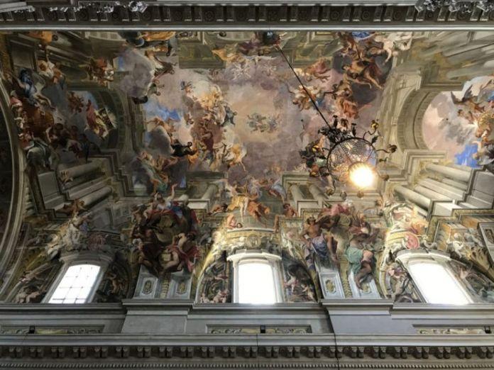 soffitto affresco chiesa