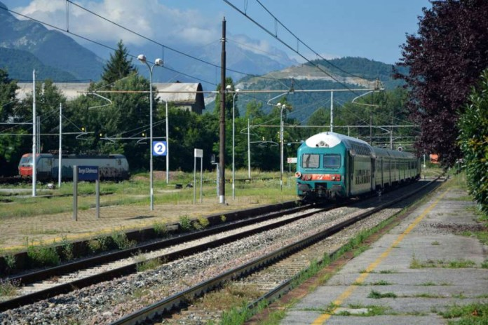 treno valle gesso